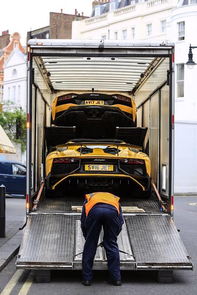 JET từng sở hữu Lamborghini Aventador S LP740-4 màu vàng