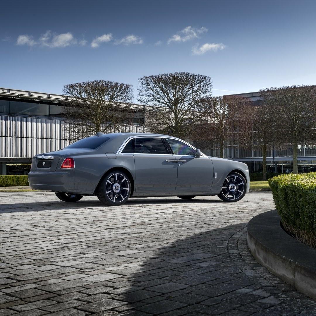 Rolls-Royce Ghost bản trục cơ sở dài ra mắt giới nhà giàu Trung Quốc