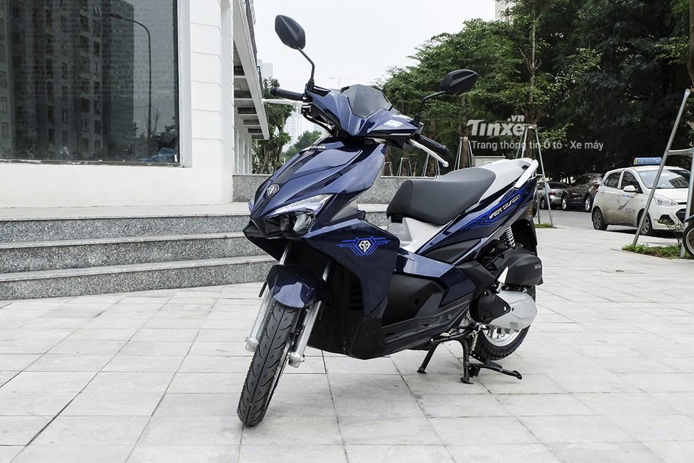 Honda Air Blade và Yamaha FreeGo S 125 có chiều cao yên lẫn khoảng sáng gầm tương đồng