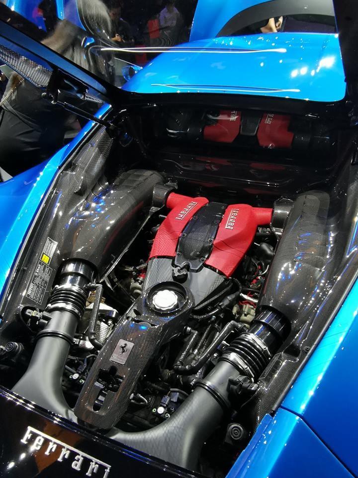 Động cơ Ferrari F8 Tributo