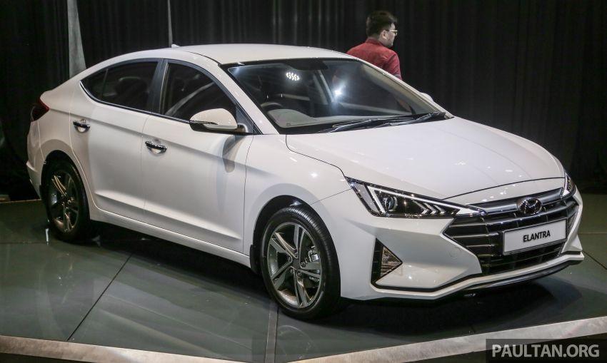 Hyundai Elantra 2019 được bổ sung nắp capô mới