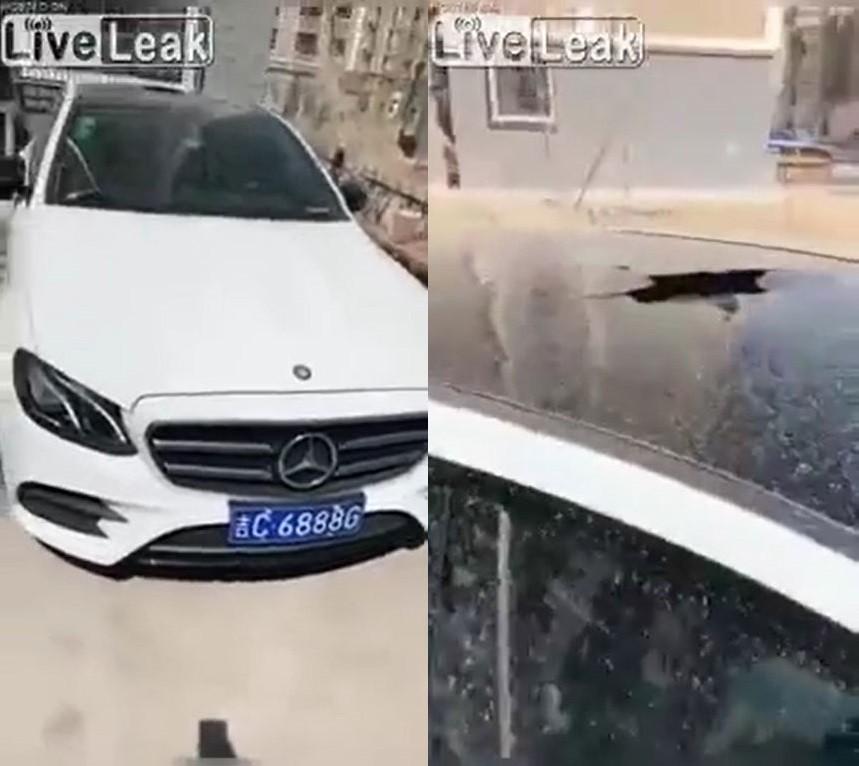 Chiếc xe sang Mercedes-Benz bị vỡ cửa sổ trời
