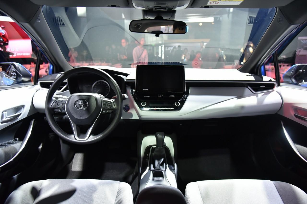 Toyota Levin 2019 bản thường được trang bị nội thất giống Corolla 2020 ở Mỹ