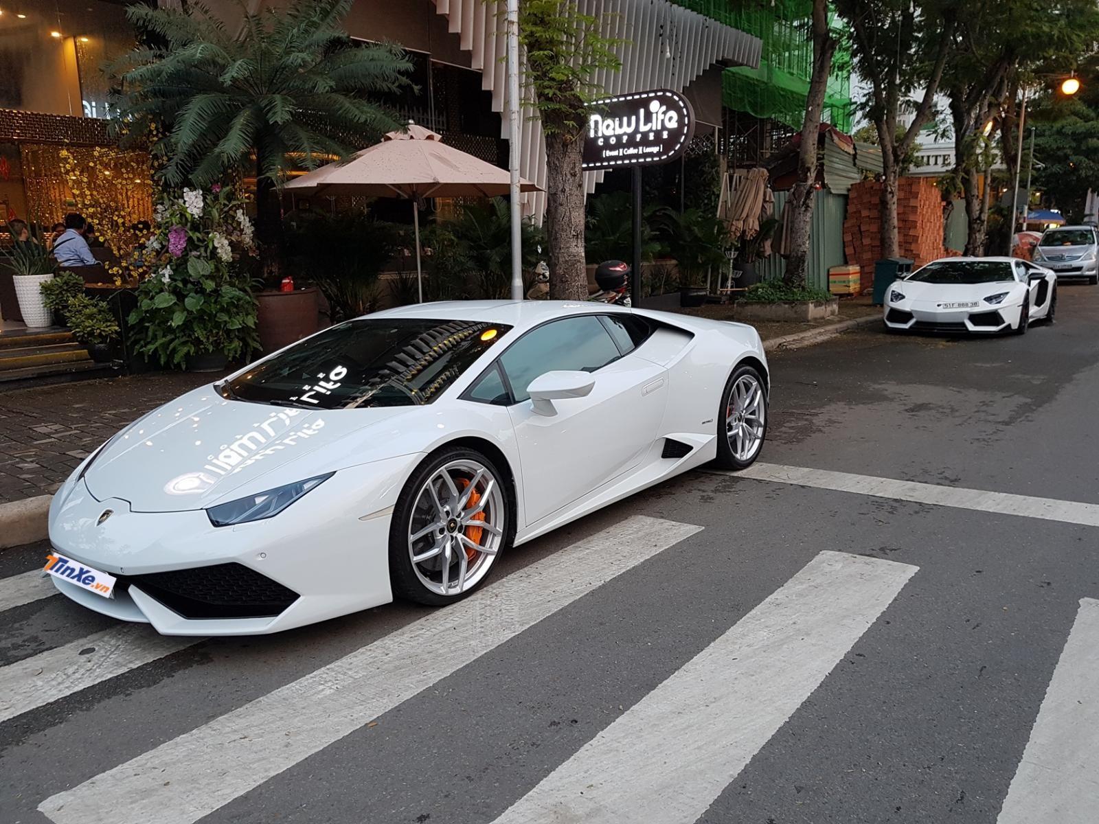 Chiếc siêu xe Lamborghini Huracan LP610-4 hàng lướt tại Việt Nam được rao bán 11,5 tỷ đồng