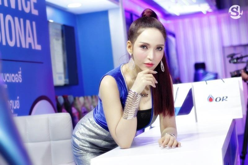 Đã mắt ngắm nhìn vẻ gợi cảm của những người mẫu Thái Lan tại triển lãm - 5