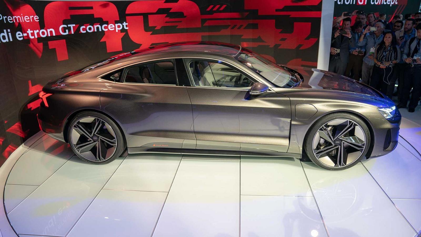 Audi E-Tron GT sở hữu phần thân vỏ siêu nhẹ