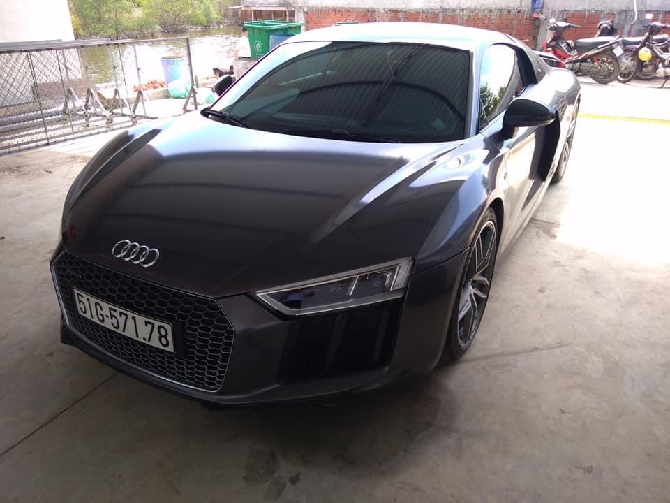 Siêu xe Audi R8 V10 Plus
