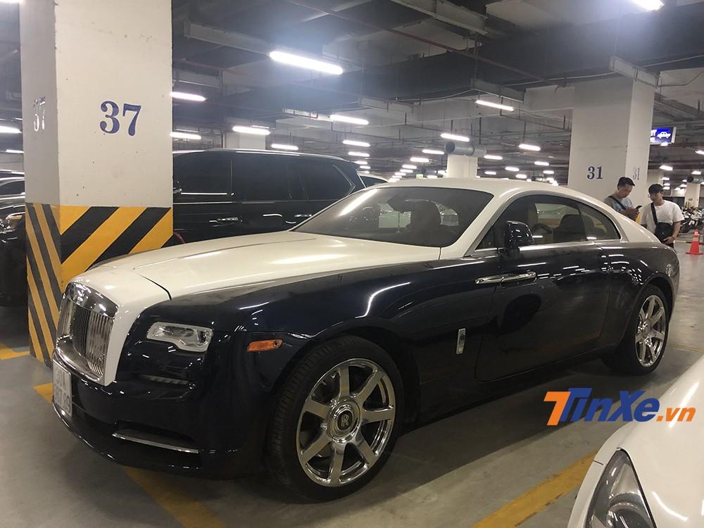 Chiếc xe Rolls-Royce Wraith tái xuất với vẻ ngoài nguyên vẹn sau khi được sửa chữa chính hãng.