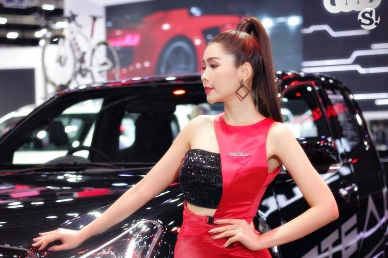 Các người mẫu xinh thế này là đặc trưng của triển lãm xe Thái Lan - 21