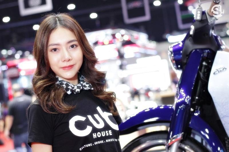 Các người mẫu xinh thế này là đặc trưng của triển lãm xe Thái Lan - 11