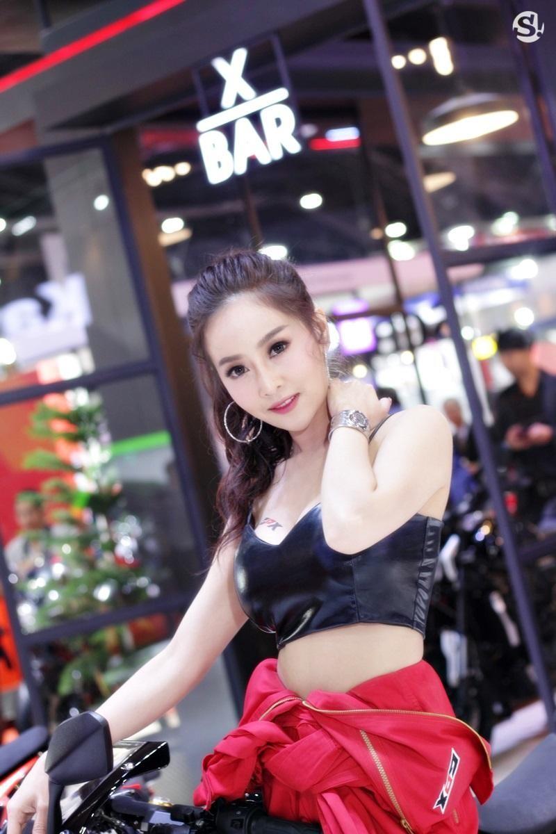 Các người mẫu xinh thế này là đặc trưng của triển lãm xe Thái Lan - 27