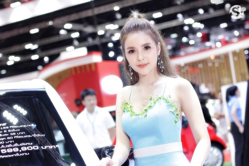 Các người mẫu xinh thế này là đặc trưng của triển lãm xe Thái Lan - 12