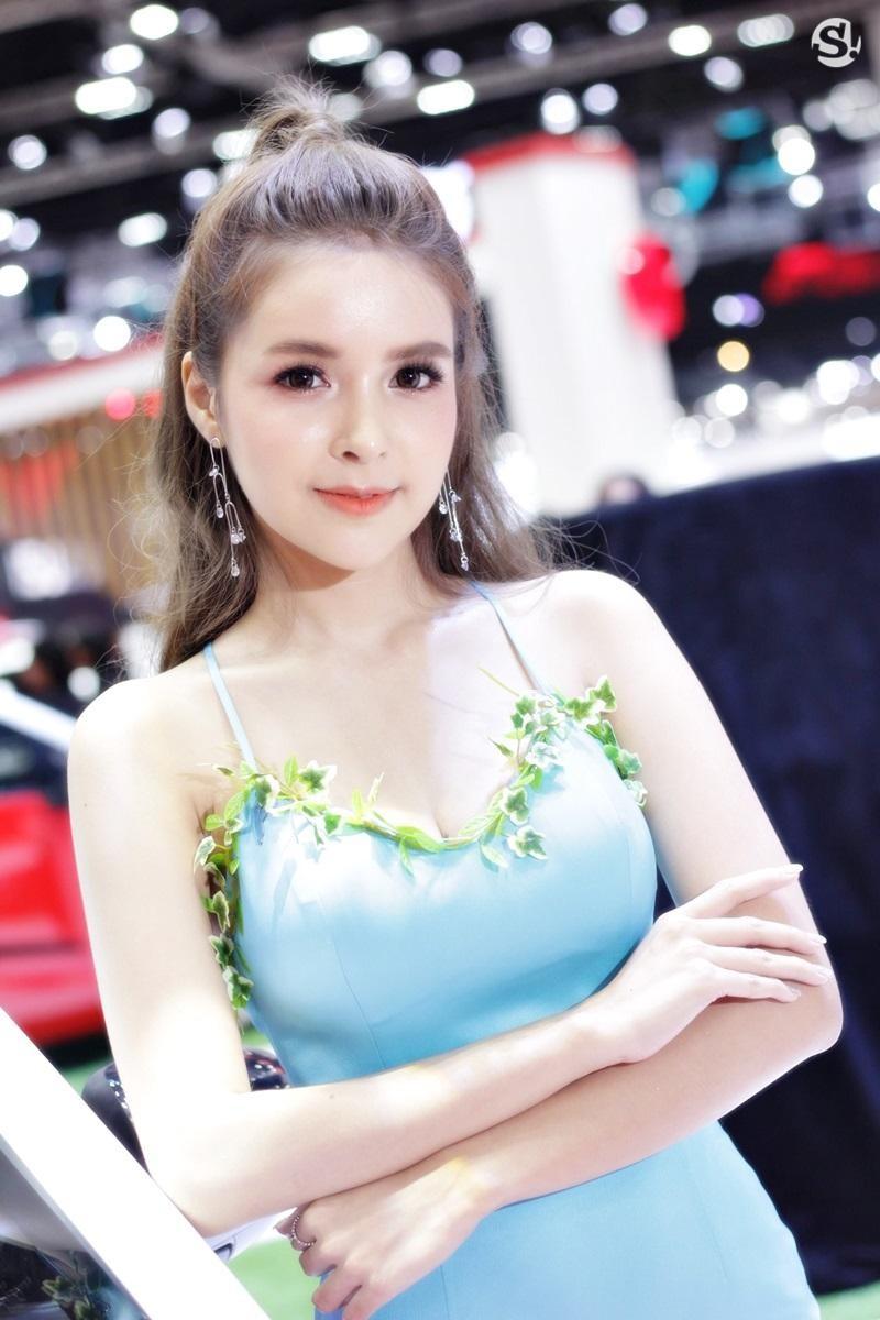Các người mẫu xinh thế này là đặc trưng của triển lãm xe Thái Lan - 25