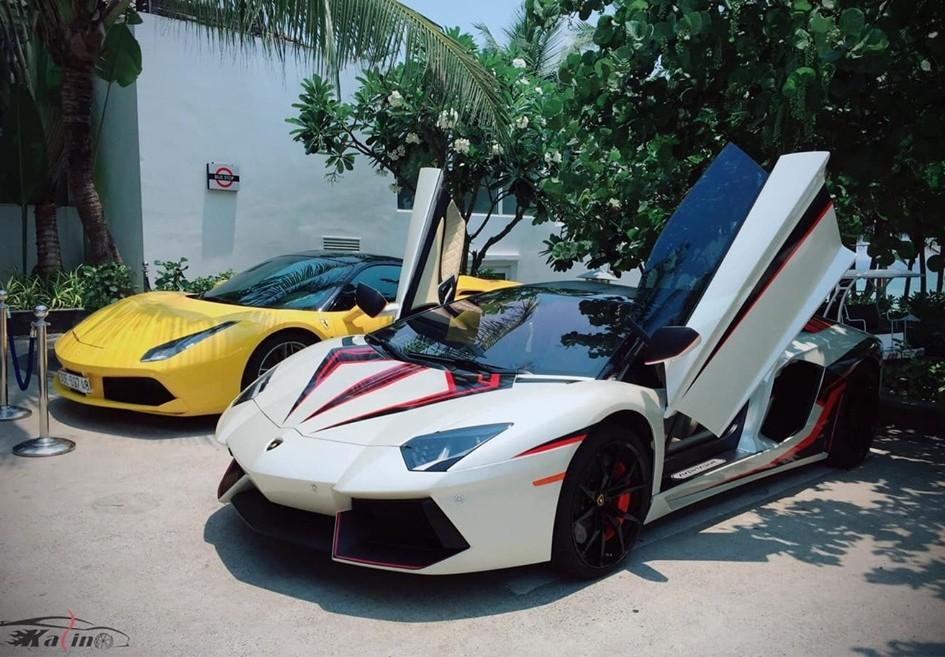 Siêu xe Lamborghini Aventador LP700-4 mui trần này của doanh nhân Hà Nội