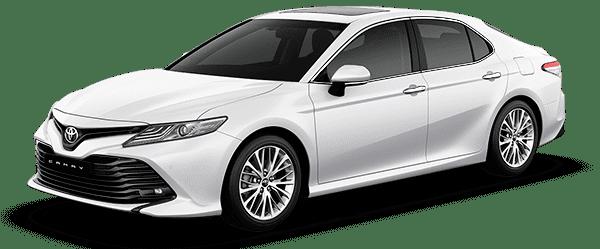 Toyota Camry 2019 màu trắng ngọc trai