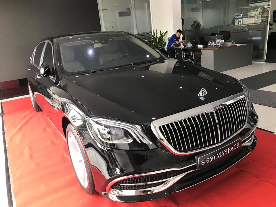 Doanh nhân Hà Tĩnh tậu Mercedes-Maybach S650 2019 đầu tiên về Việt Nam