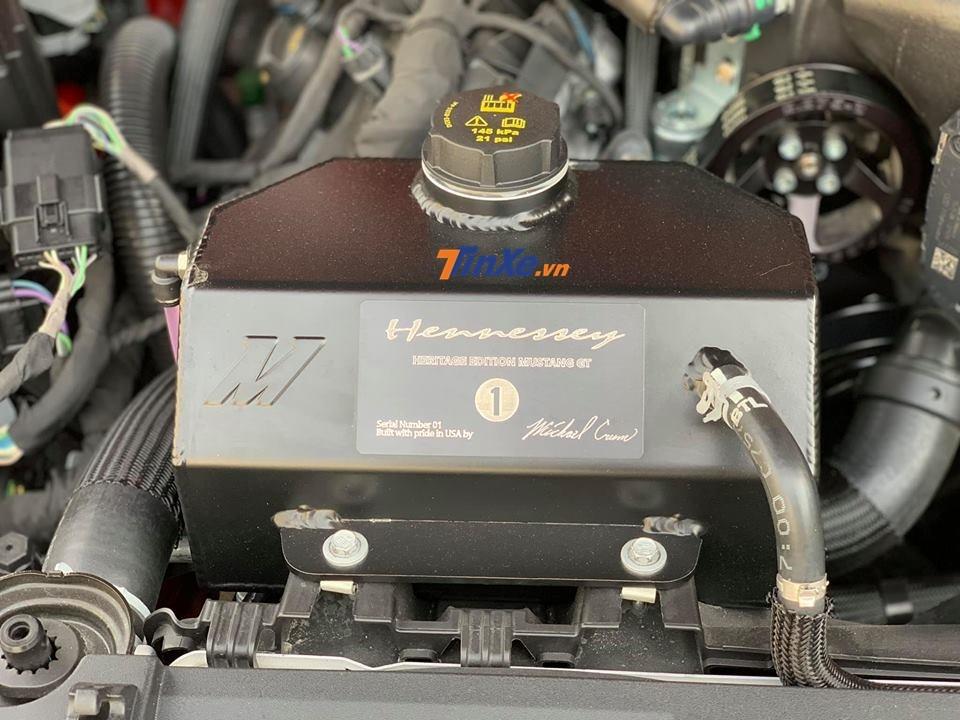 Động cơ của xe độ Hennessey Heritage Edition Mustang 2019 độc nhất Việt Nam