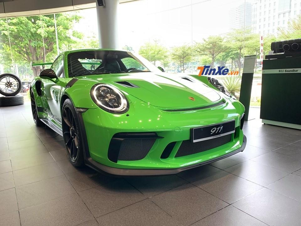 Siêu xe Porsche 911 GT3 RS đời 2019 sở hữu bộ áo Lizard Green