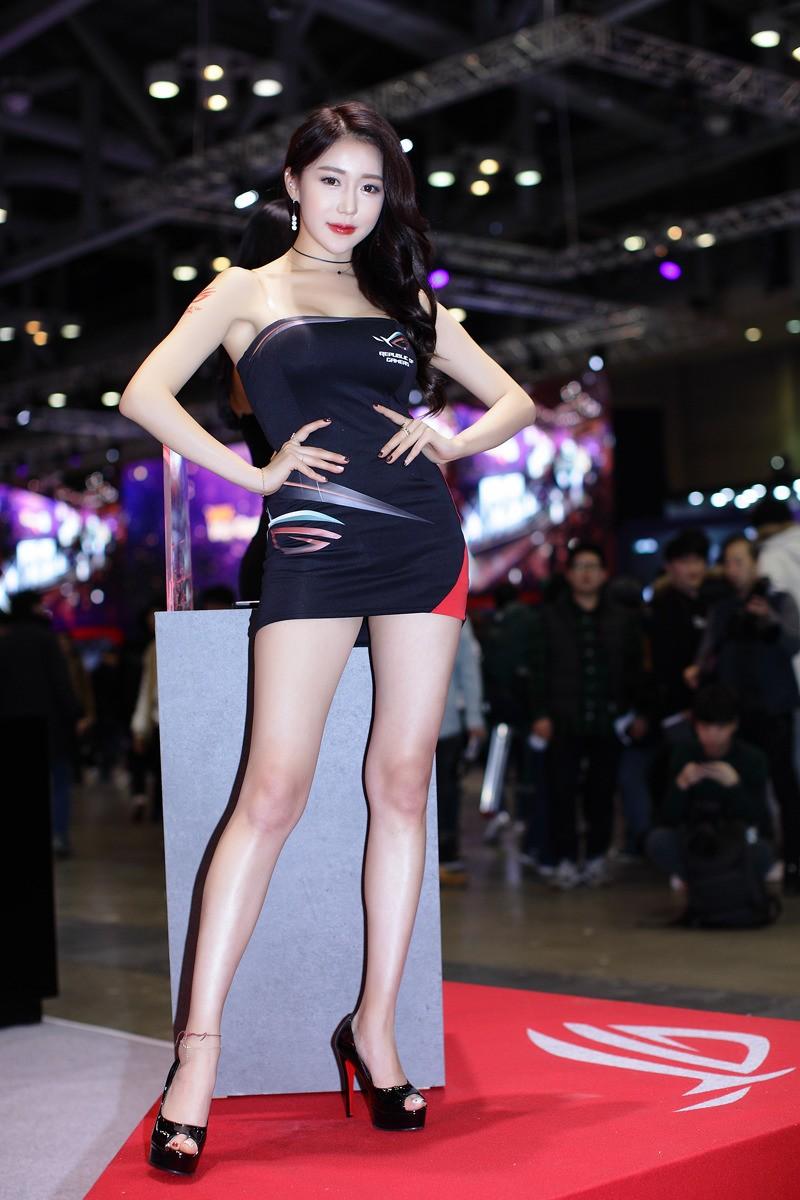 Ngợp mắt trước vẻ gợi cảm từ đầu xuống chân của các mỹ nữ Hàn Quốc - 15