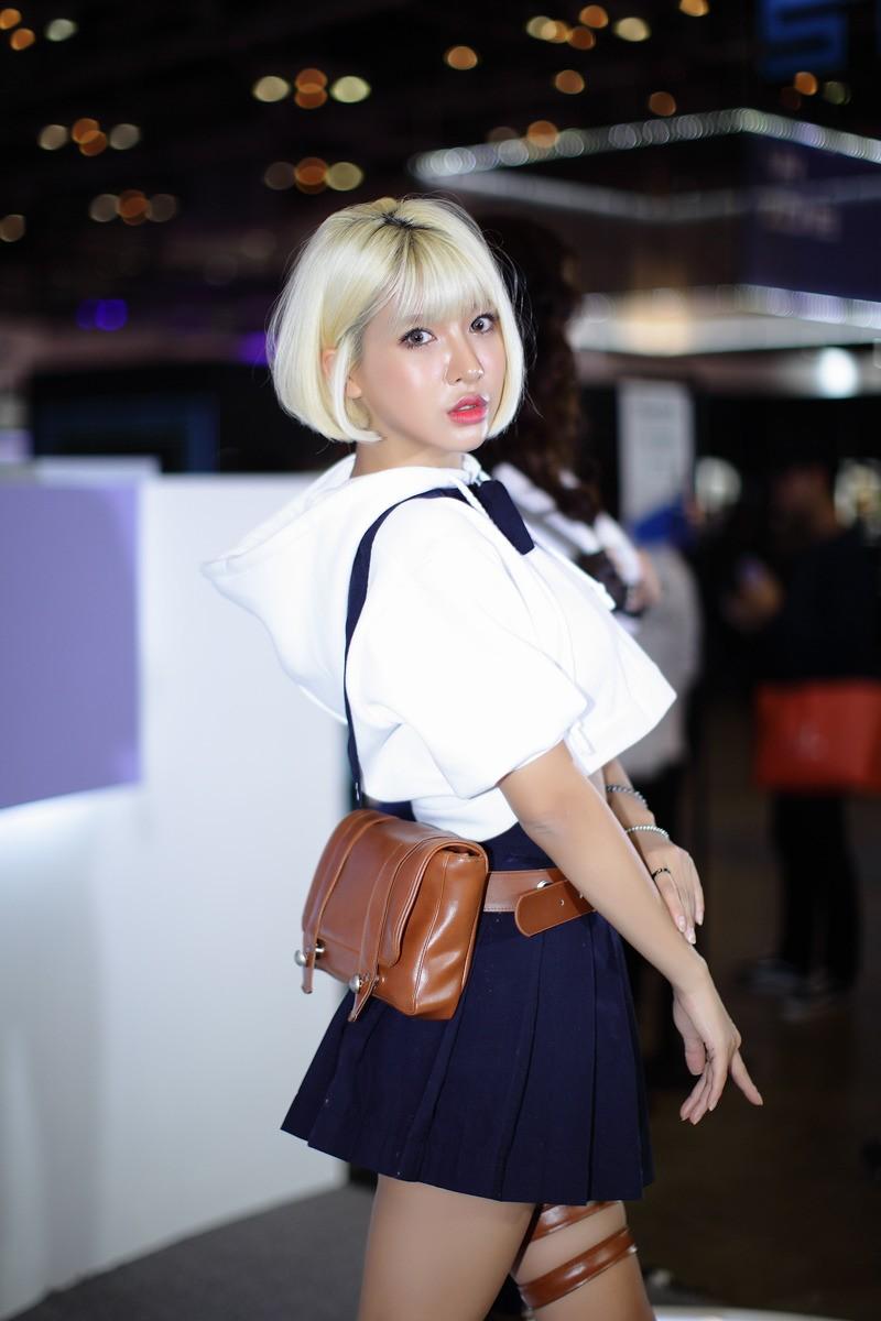 Ngợp mắt trước vẻ gợi cảm từ đầu xuống chân của các mỹ nữ Hàn Quốc - 3