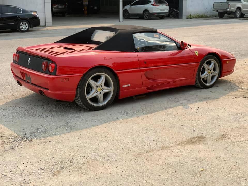 Ferrari F355 Spider lần đầu vào Nam sau khi được một người sưu tập Ferrari điểm mặt