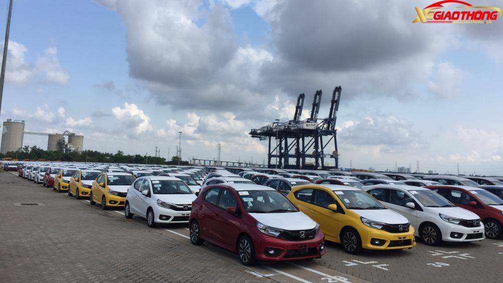 Trước đó, lô hàng gồm 194 chiếc Honda Brio 2019 đã cập cảng tại TP. HCM chờ thực hiện các thủ tục thông quan