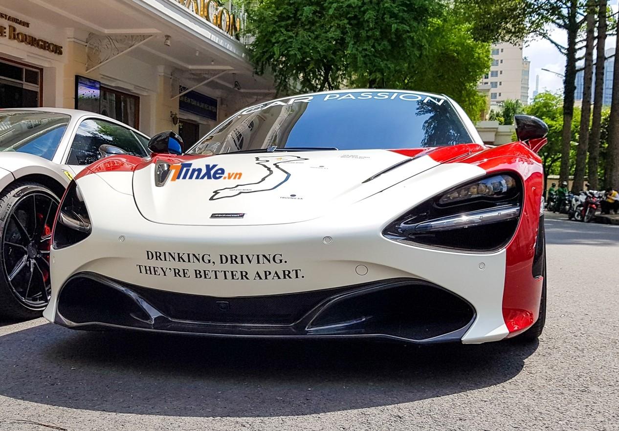 McLaren 720S là sản phẩm tiếp nối thành công của dòng siêu xe Super Series nhà McLaren