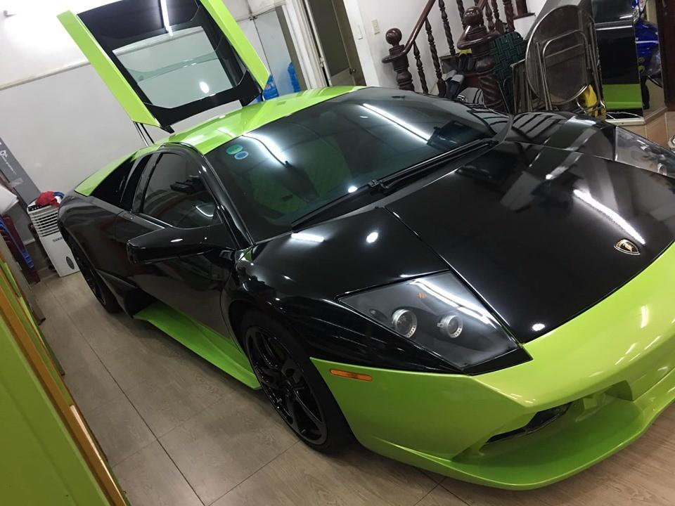 Siêu xe Lamborghini Murcielago LP640-4 thay áo bằng đề-can