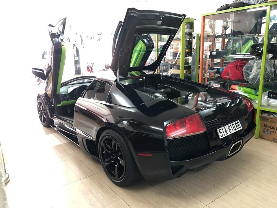 Đây là 1 trong 3 chiếc Lamborghini Murcielago LP640-4 Coupe tại Việt Nam