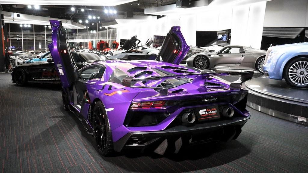 Chiếc siêu xe Lamborghini Aventador SVJ này mới lăn bánh 73 km