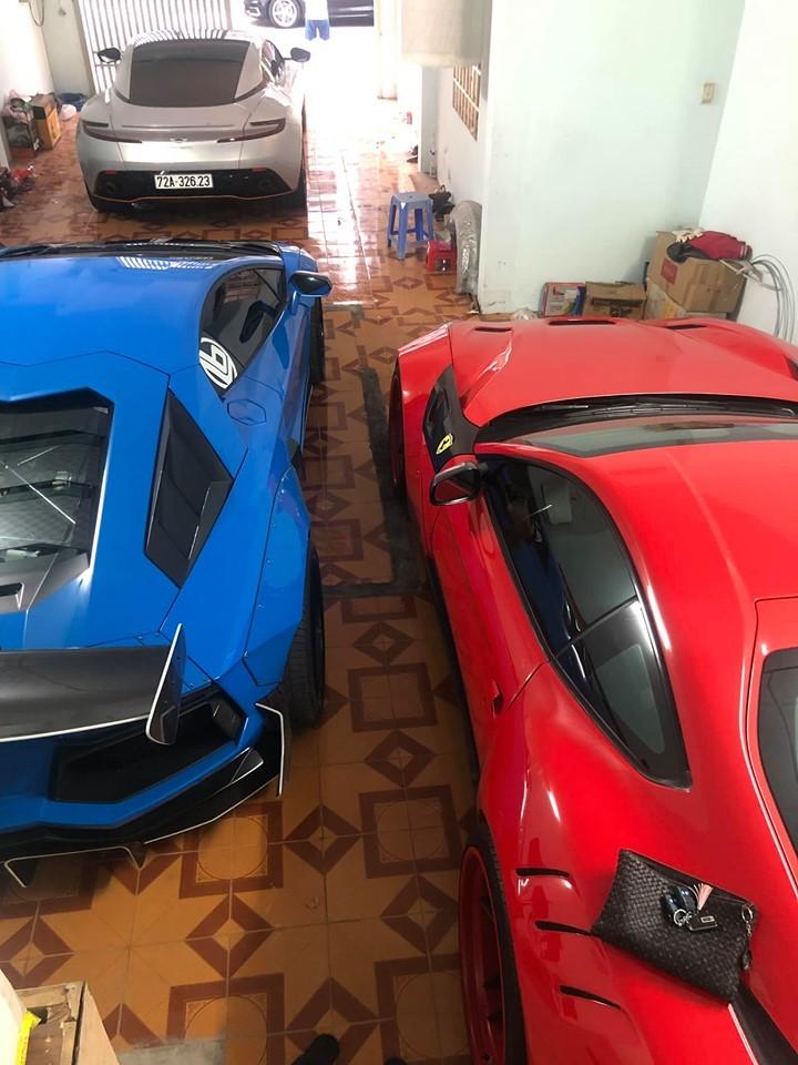 Bộ 3 siêu xe hiện tại của doanh nhân Vũng Tàu bao gồm Aston Martin DB11 V8, Lamborghini Aventador LP700-4 độ Liberty Walk và Ferrari F12 Berlinetta mang gói độ siêu hiếm Duke Dynamics