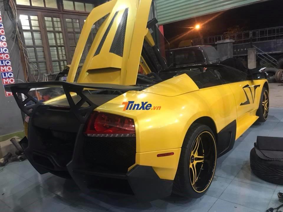 Lamborghini Murcielago LP640 mui trần độ độc nhất Việt Nam này của người yêu xe Gia Lai