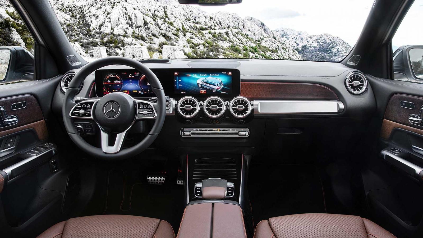 Khoang lái của Mercedes-Benz GLB 2020