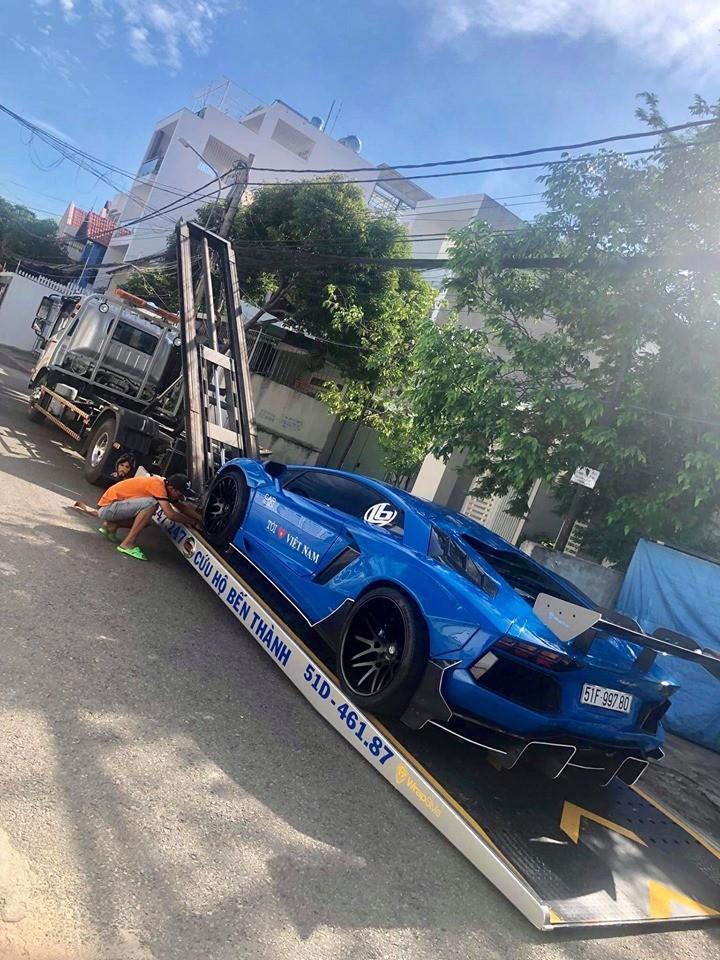 Lamborghini Aventador Limited Edition 50 của người yêu xe tại Vũng Tàu