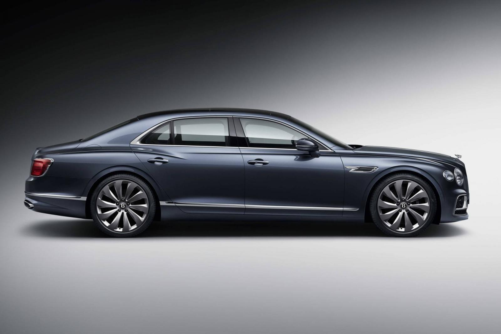 Bentley Flying Spur 2020 có chiều dài cơ sở tăng đáng kể, từ đó nới rộng nội thất