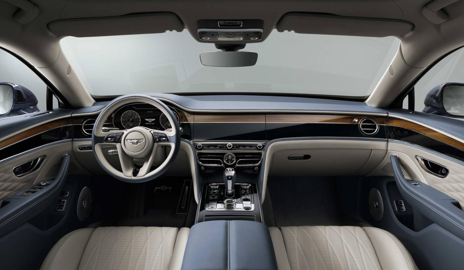 Nội thất sang chảnh bên trong Bentley Flying Spur 2020