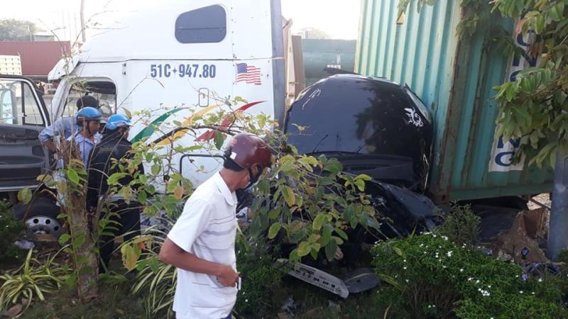 Vụ tai nạn thảm khốc khiến 5 người, trong đó có 4 người trong một gia đình, tử vong tại chỗ