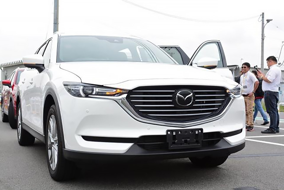 Những chiếc Mazda CX-8 đầu tiên đã được lắp ráp tại nhà máy THACO đạt tại Chu Lai