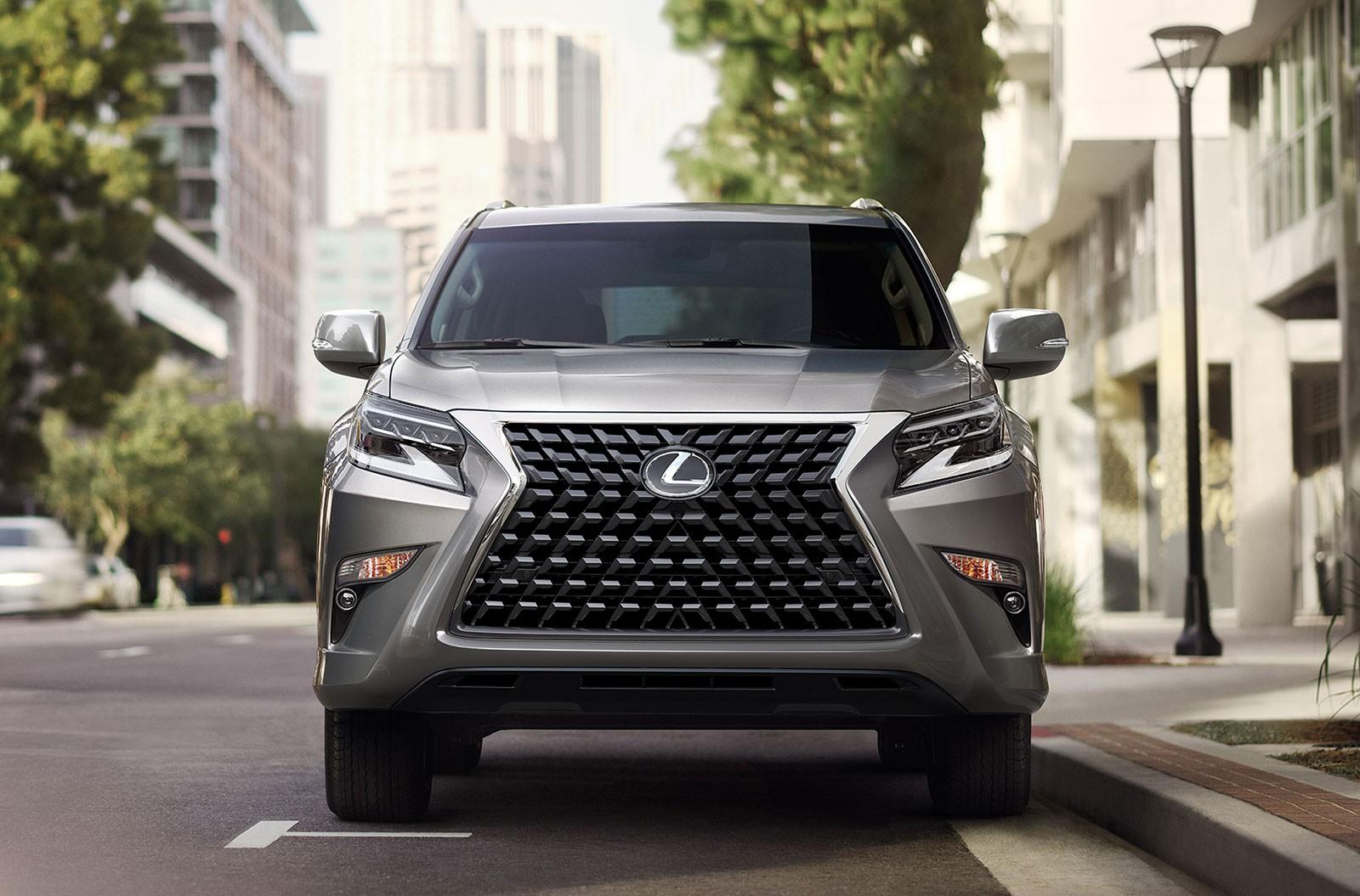 Điểm nhấn của Lexus GX 2020 là lưới tản nhiệt mới