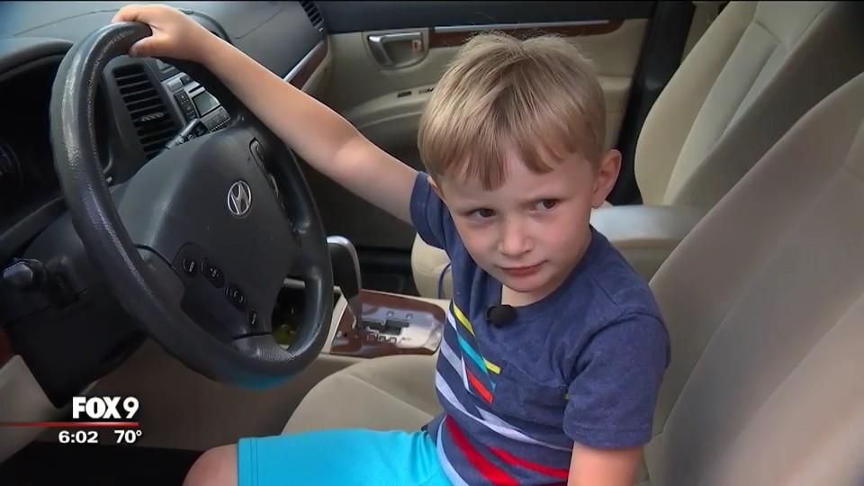 Cậu bé Sebastian, 4 tuổi, đã khiến các phụ huynh kinh ngạc với hành động của mình