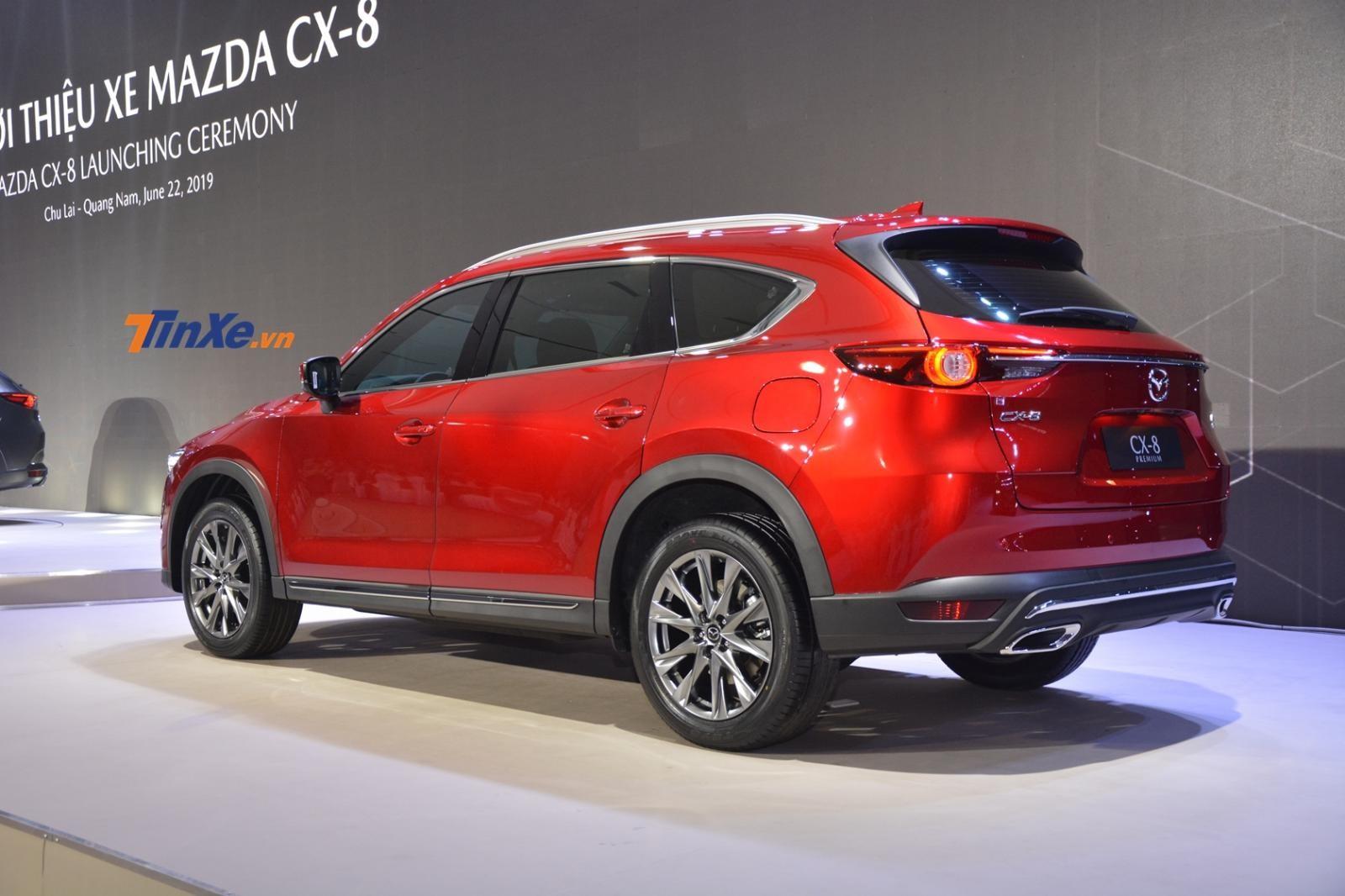 Mazda CX-8 có 3 phiên bản chính, giá từ 1,15 tỷ đồng đến 1,4 tỷ đồng