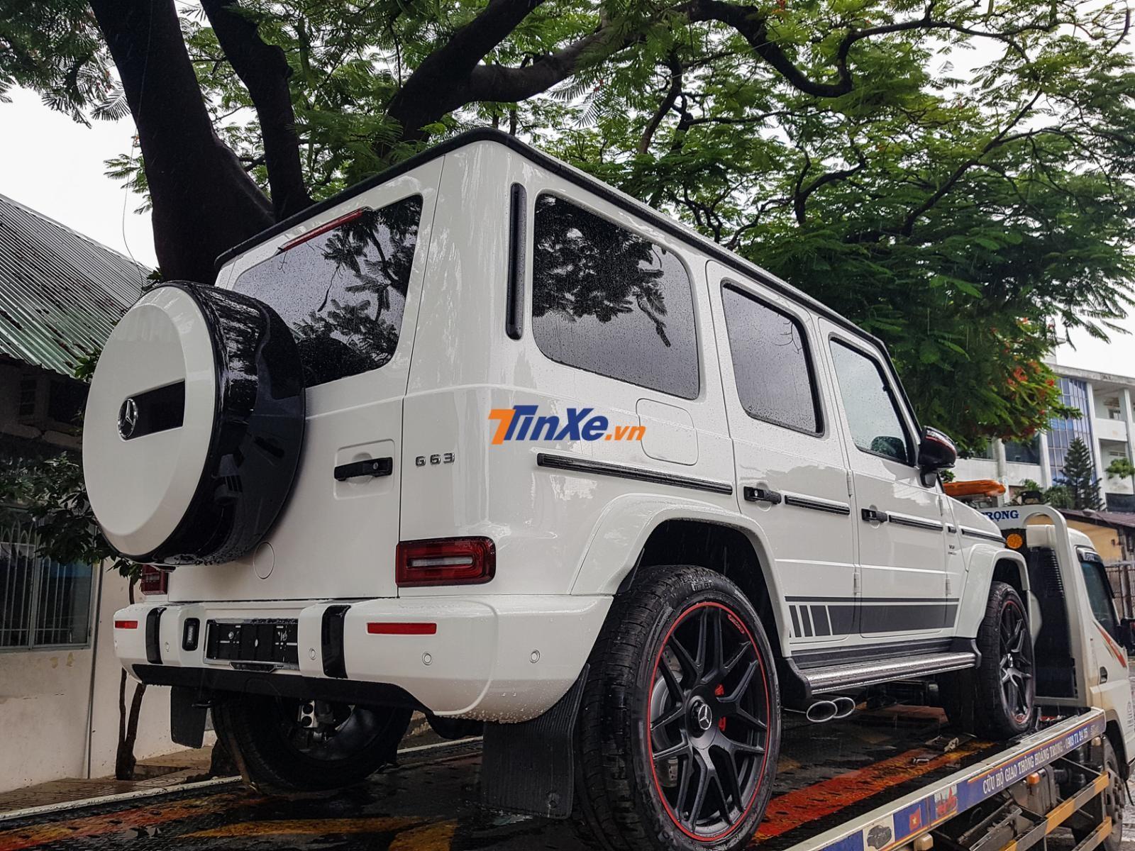 Tại Việt Nam, số lượng Mercedes-AMG G63 Edition 1 mang màu trắng Polar chỉ khoảng 3 chiếc