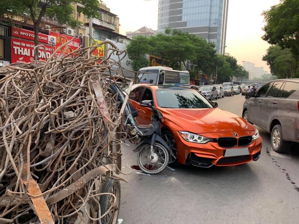 Vụ tai nạn khiến giao thông qua khu vực này bị ùn tắc