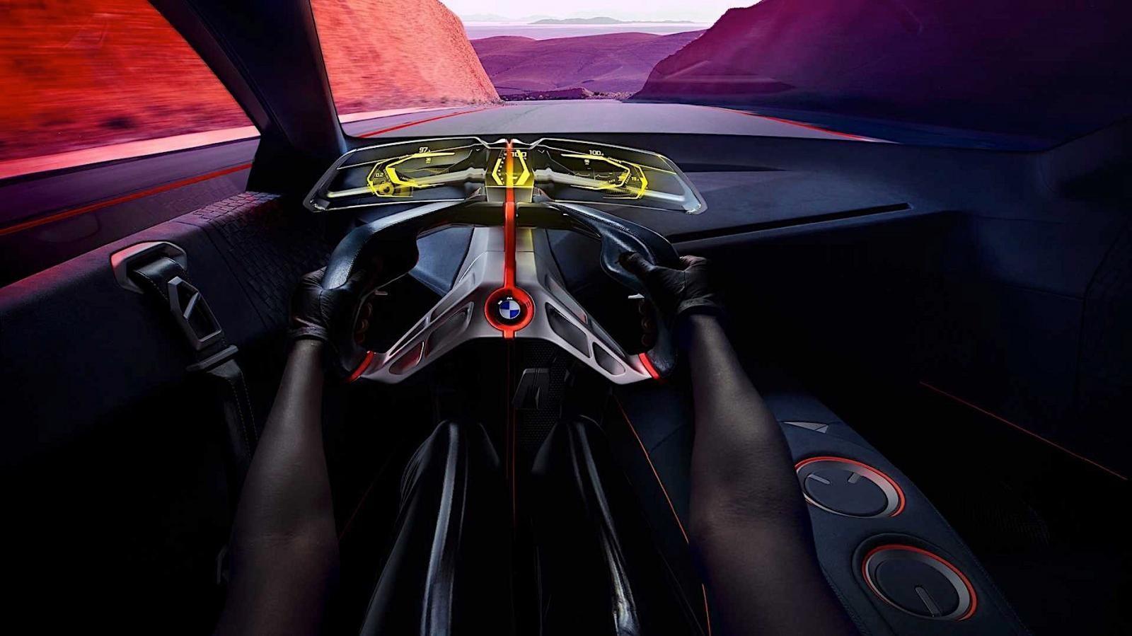 Trang bị khoang lái của xe mang đậm tính tương lai