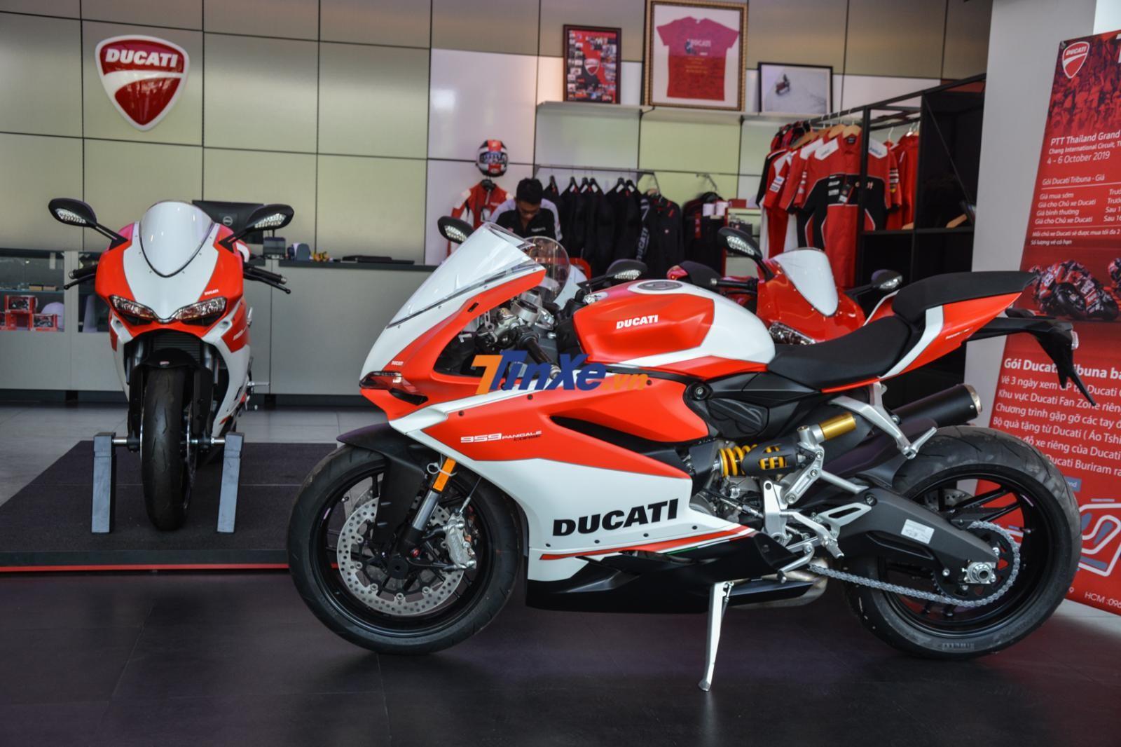 Cặp đôi Ducati 959 Panigale Corse cập bến Việt Nam