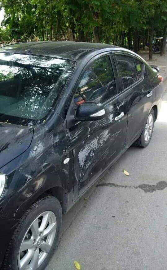 Chất bẩn bôi lên xe này được xác định là dung dịch tẩy sơn ô tô