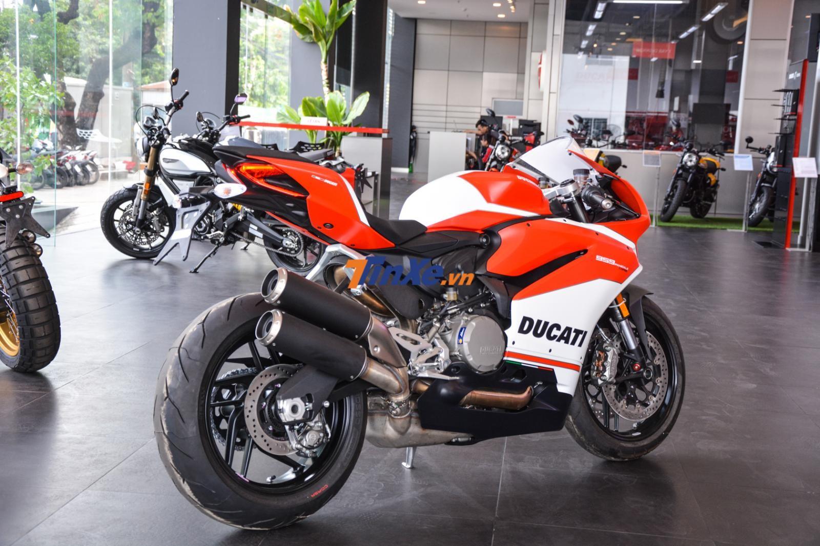 Ducati 959 Panigale Corse có giá bán 635 triệu đồng tại Việt Nam
