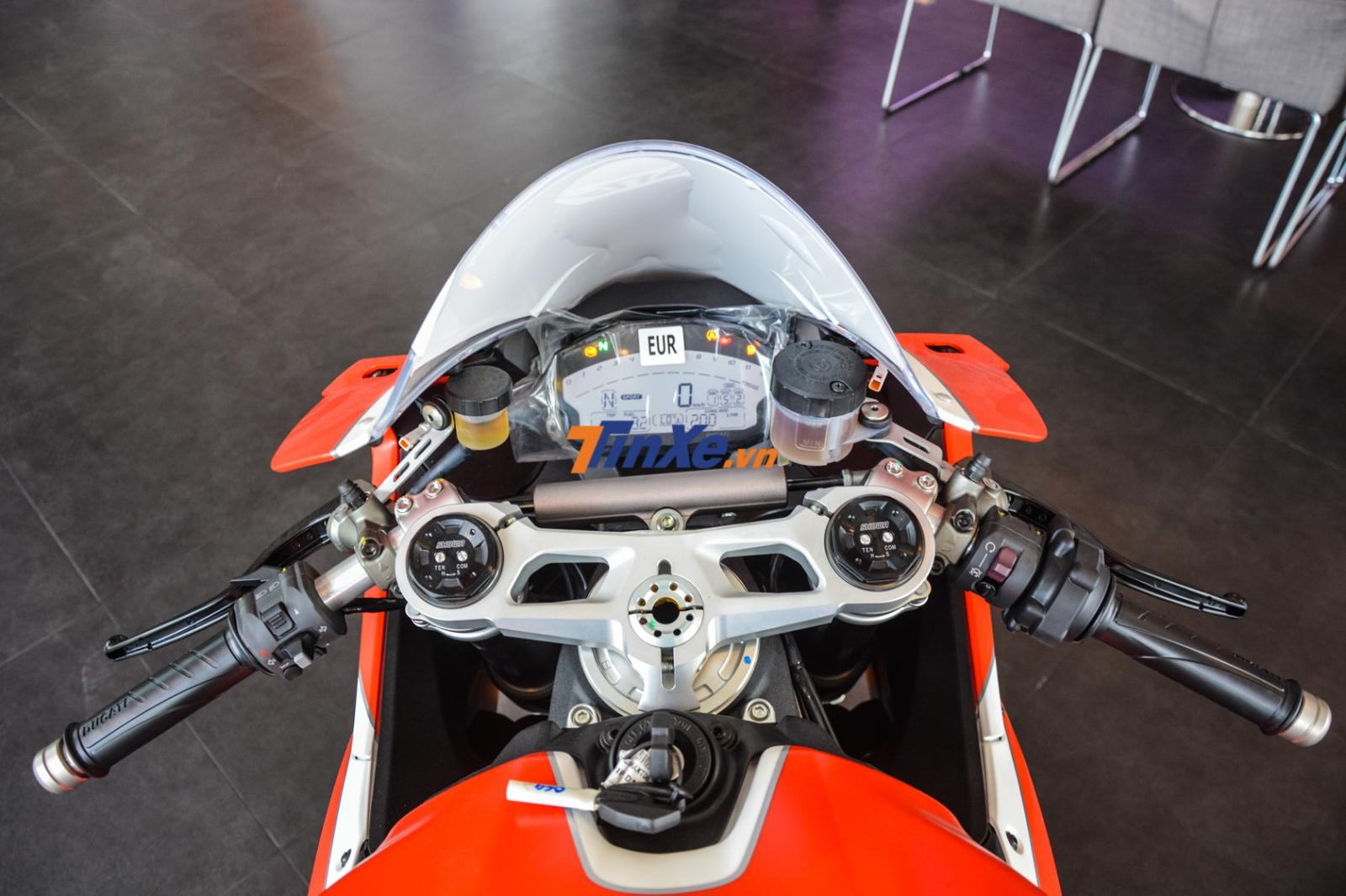 Phiên bản đặc biệt của Ducati 959 Panigale có 3 chế độ lái là Race, Sport và Wet cùng nhiều công nghệ an toàn khác