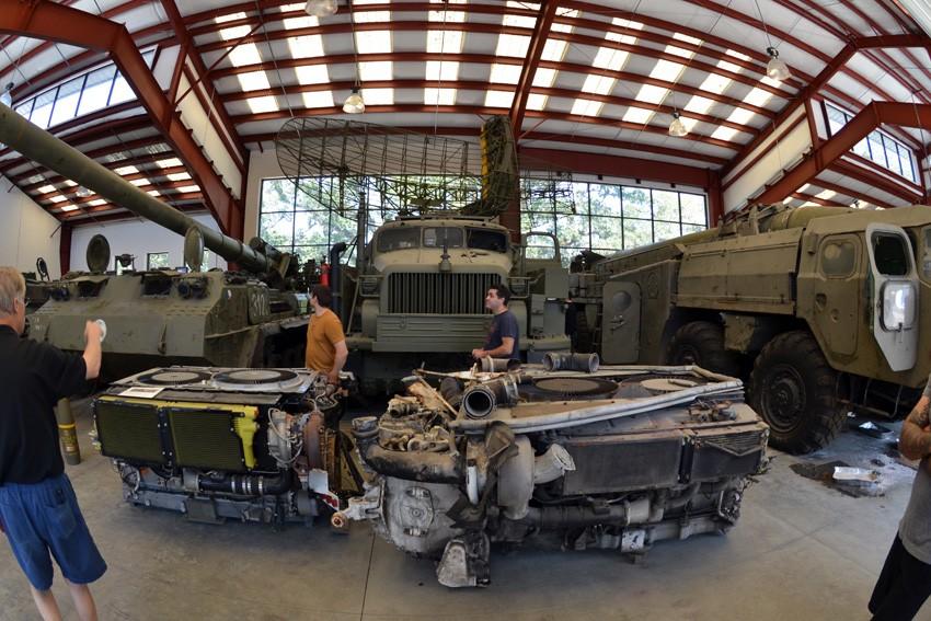 Tính riêng linh kiện xe quân sự cũng đã là một bộ sưu tập hoành tráng