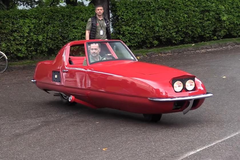 Gyro-X là một trong những chiếc xe ô tô độc nhất trong lịch sử